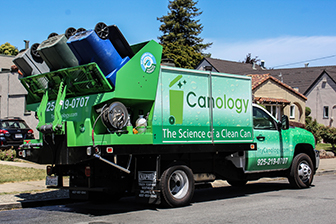 Trash Can Cleaning Service by Canology